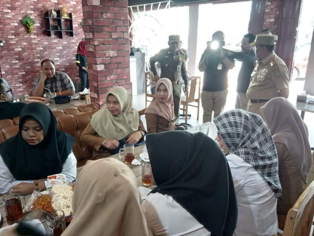 Video: Wagub Riau Razia Warkop, PNS-PNS ini Tak Berkutik!