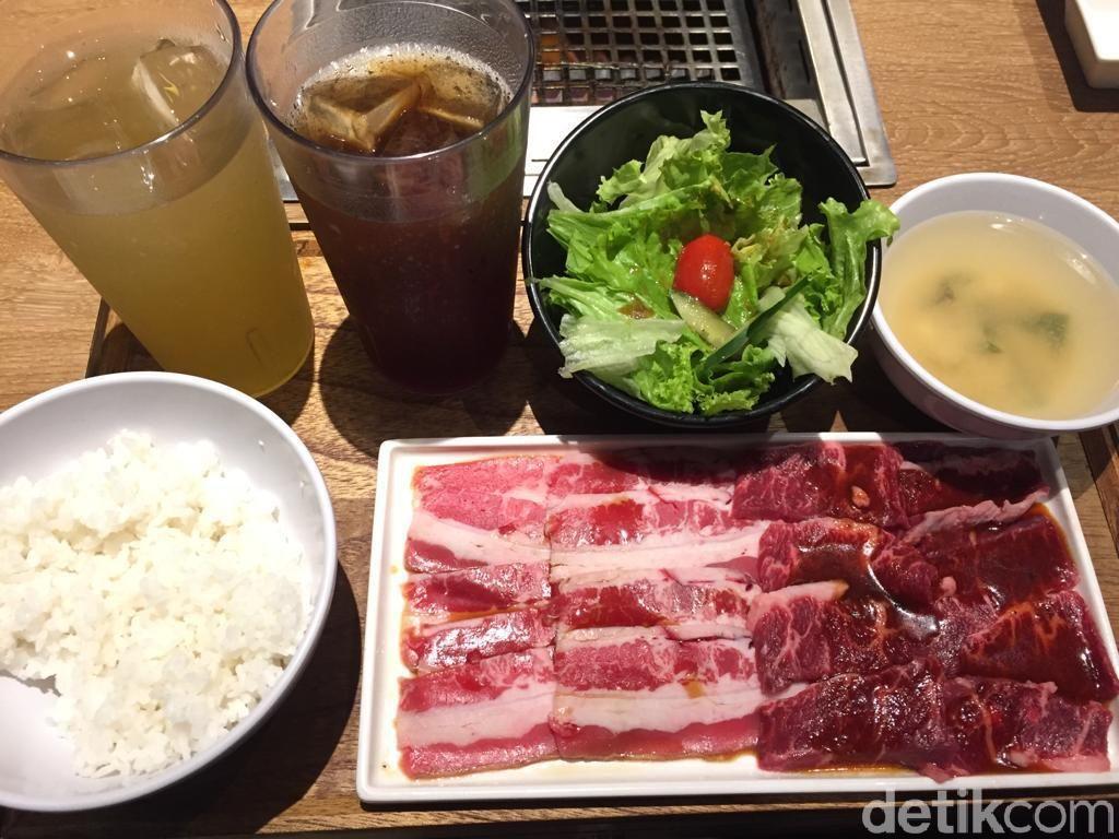Yakiniku Like: Makan Yakiniku Set Enak dari Tokyo Rp 48.000