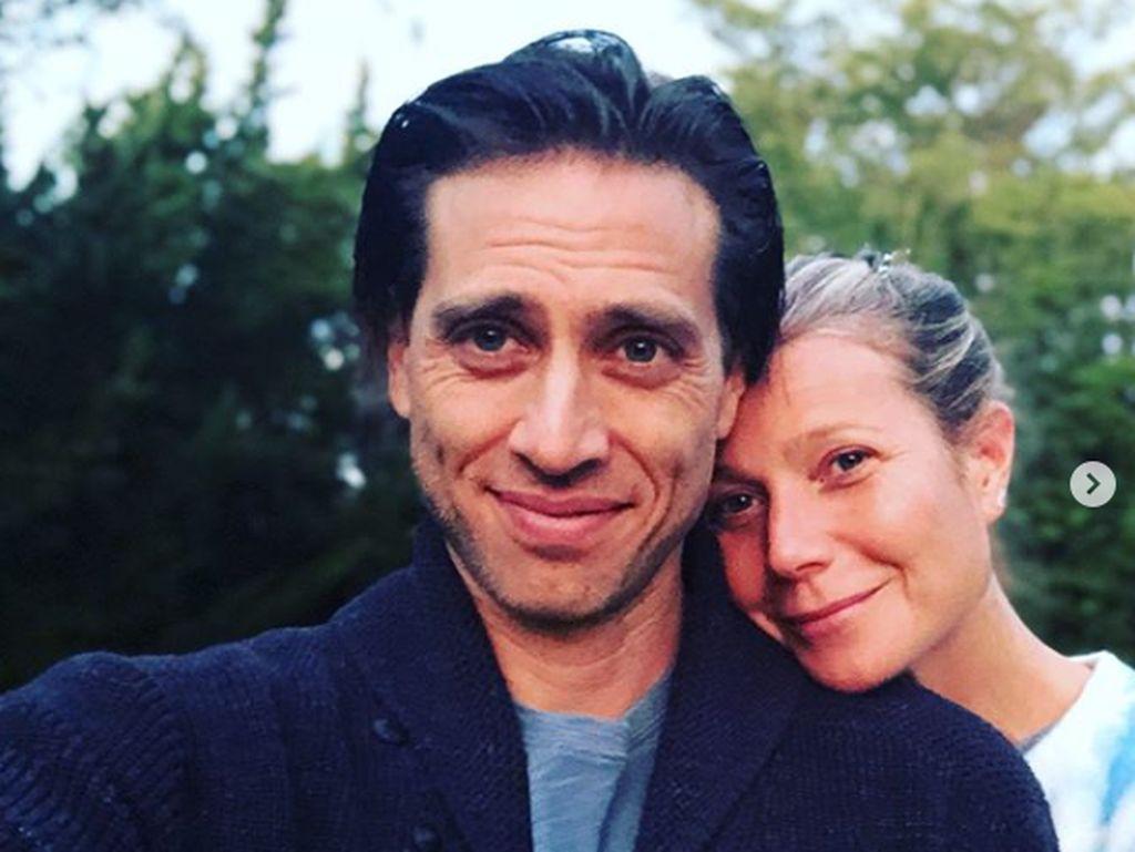 Setahun Menikah, Gwyneth Paltrow dan Suami Belum Juga Tinggal Serumah