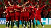 Ini menjadi gelar Eropa kedua beruntun yang dimenangi Portugal. Tiga tahun lalu mereka jadi kampiun Piala Eropa 016 yang dilangsungkan di Prancis. (REUTERS/Rafael Marchante)