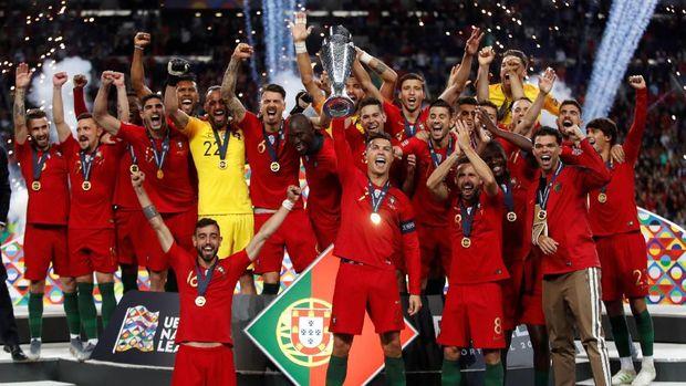 Cristiano Ronaldo sudah meraih dua trofi juara bersama timnas Portugal.