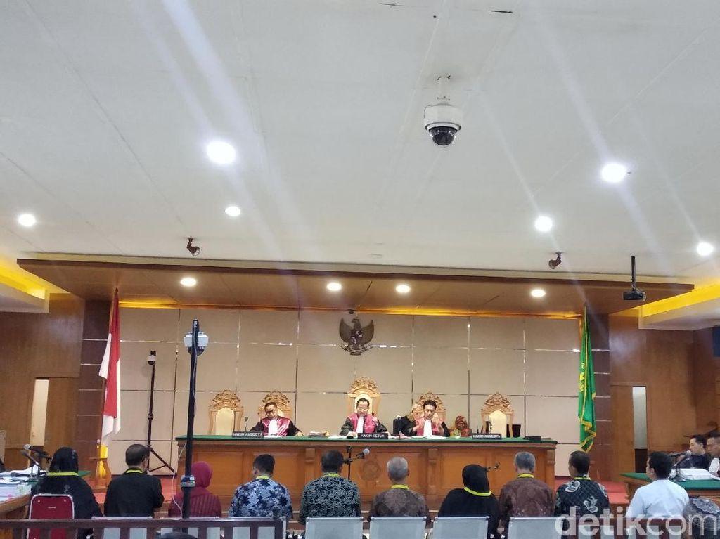 Sidang Bupati Cianjur, Kepsek Cerita Alasan Setor Uang ke Disdik