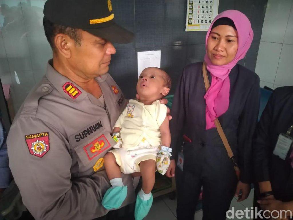 Bayi Laki-laki Ditemukan Kedinginan di Toko Dekat Asrama Polisi Mojokerto