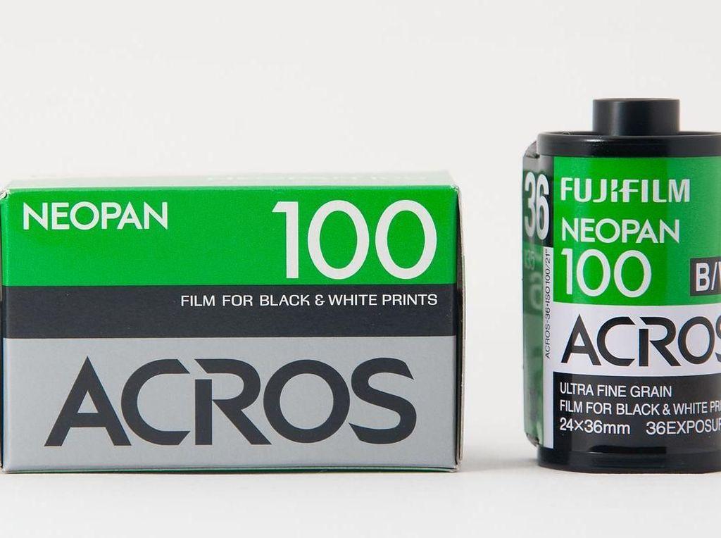 Gara-gara Milenial, Fujifilm Kembali Rilis Film Monokrom