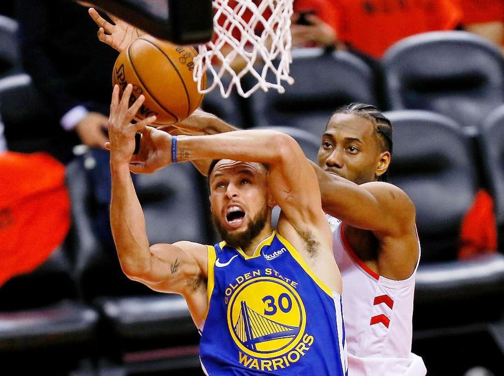Final NBA 2019: Curry-Thompson Moncer, Warriors Perpanjang Napas