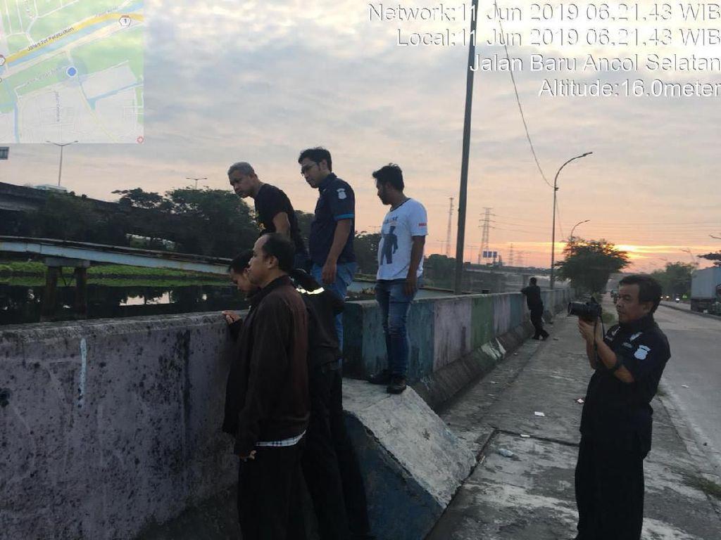 Temuan Sandal Bikin Heboh, Wanita Dikabarkan Loncat dari Jembatan Ancol