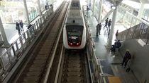 Sensasi Menjajal Kereta Ringan Pertama di Jakarta