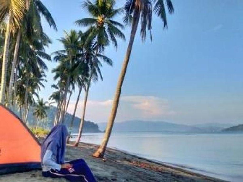 Ada Pantai NTB, Tapi di Sulawesi Tengah