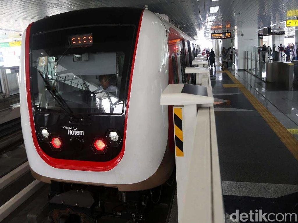 LRT Jakarta Sudah Beroperasi Tapi Belum Berbayar, Tunggu Apa Lagi?