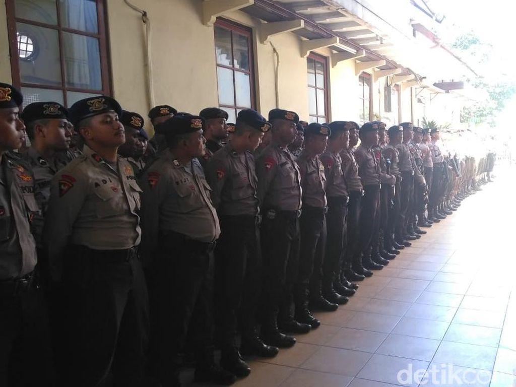 Sidang Vonis Kasus Idiot Ahmad Dhani Dijaga Ketat Polisi
