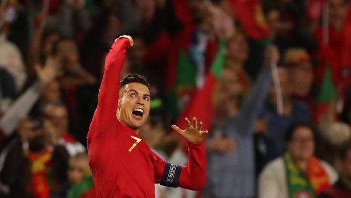 Cristiano Ronaldo tak pernah absen bikin gol di turnamen besar yang diikutinya (Carl Recine/Reuters)