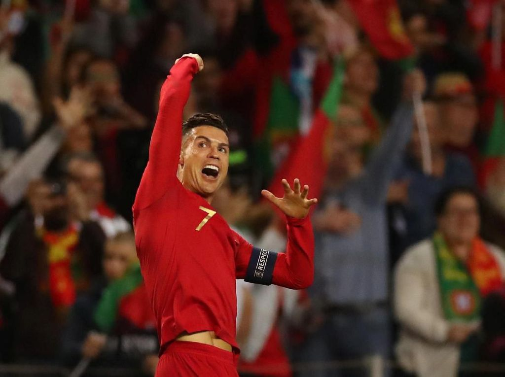 Sejak Piala Eropa 2004, Ronaldo Selalu Bikin Gol di Turnamen Besar