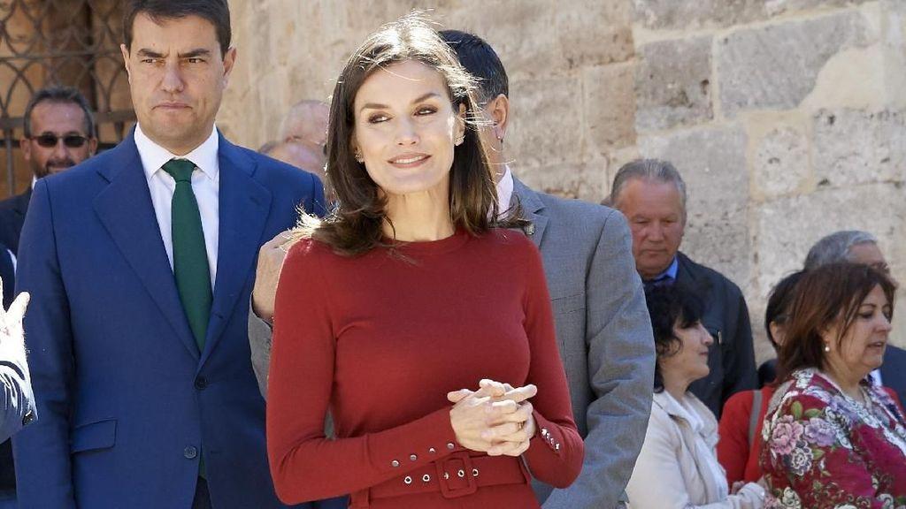 Seperti Kate Middleton, Ratu Spanyol Juga Suka Pakai Baju Daur Ulang