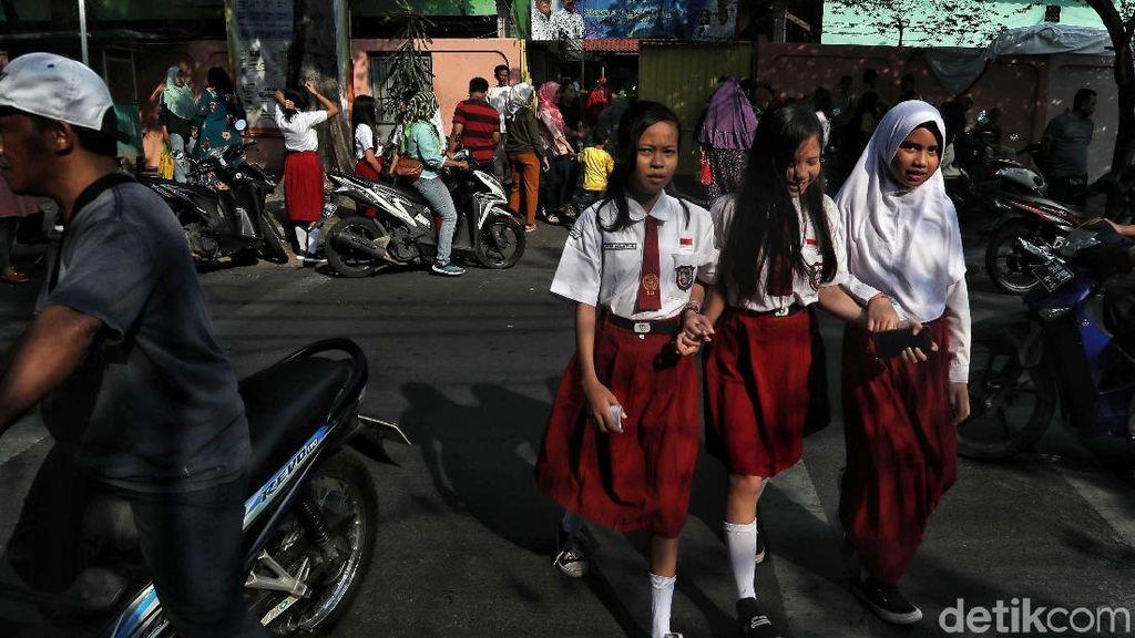 Usai Libur Lebaran, Siswa SD Mulai Masuk Sekolah