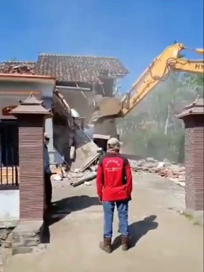 Viral Rumah di Malang yang Dihancurkan, Ini Kata Polisi