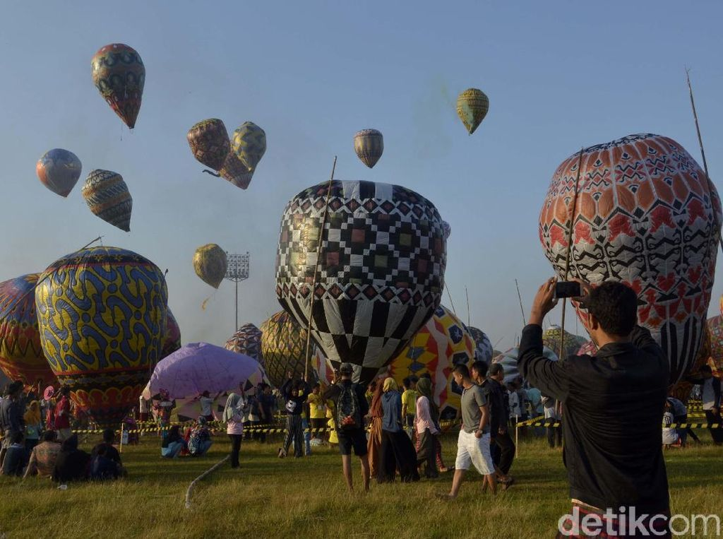 Bukan Cappadocia, Ini Balon Udara di Langit Pekalongan