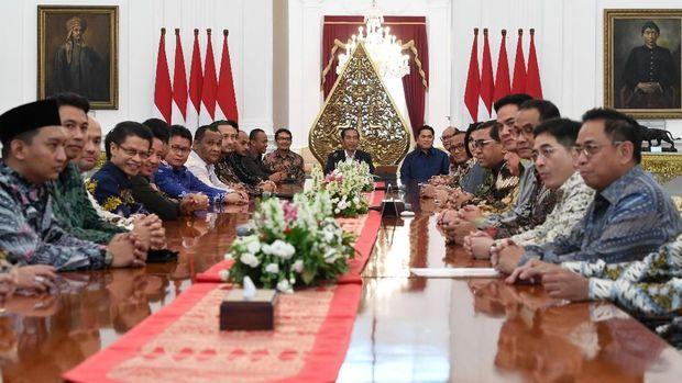 Presiden juga pernah menerima pengurus KADIN dan HIPMI di Istana Merdeka, Jakarta, Rabu (12/6).