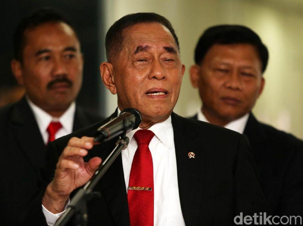 Ryamizard Bela Jokowi soal FPI