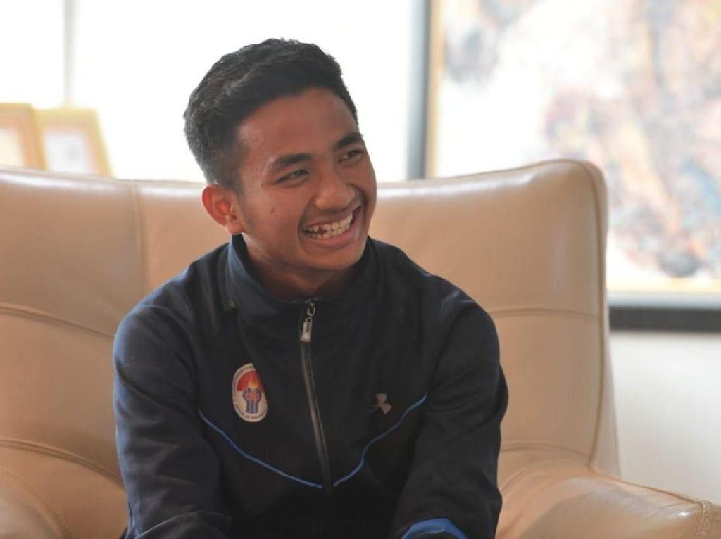Santer Dikabarkan Pindah ke PSM, Hambali Hormati Kontrak di Persela