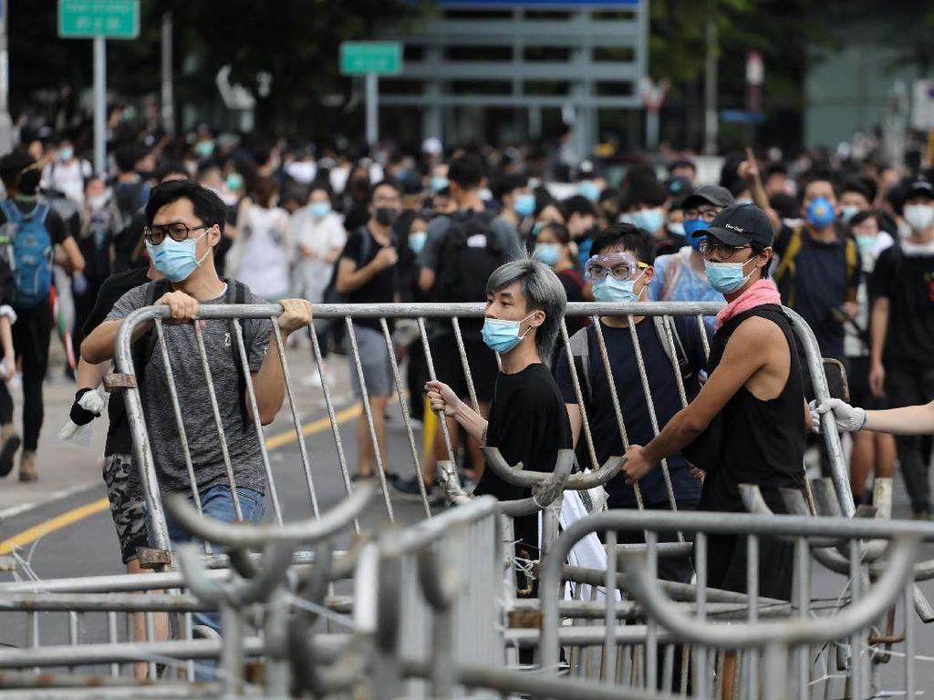 Pusat Bisnis Hong Kong Tutup Imbas Demo