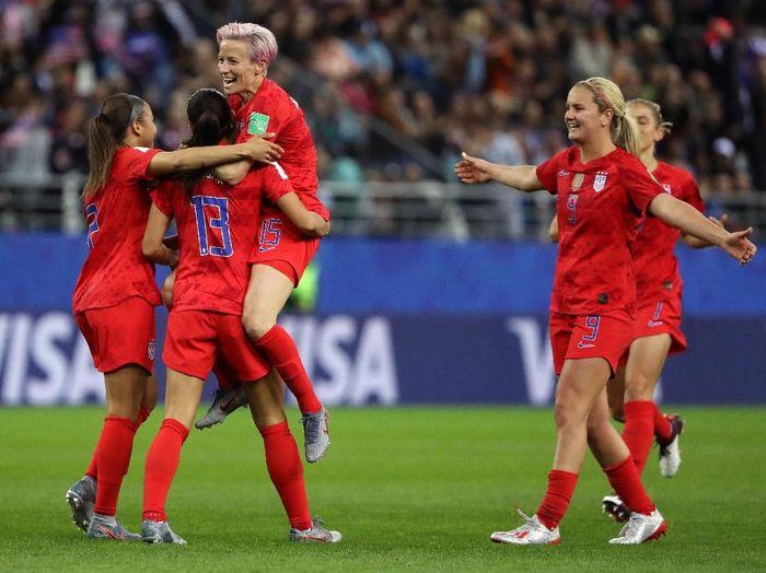 Timnas wanita Amerika Serikat mencetak rekor di Piala Dunia, usai menggasak Thailand 13-0. (Foto: Robert Cianflone/Getty Images)