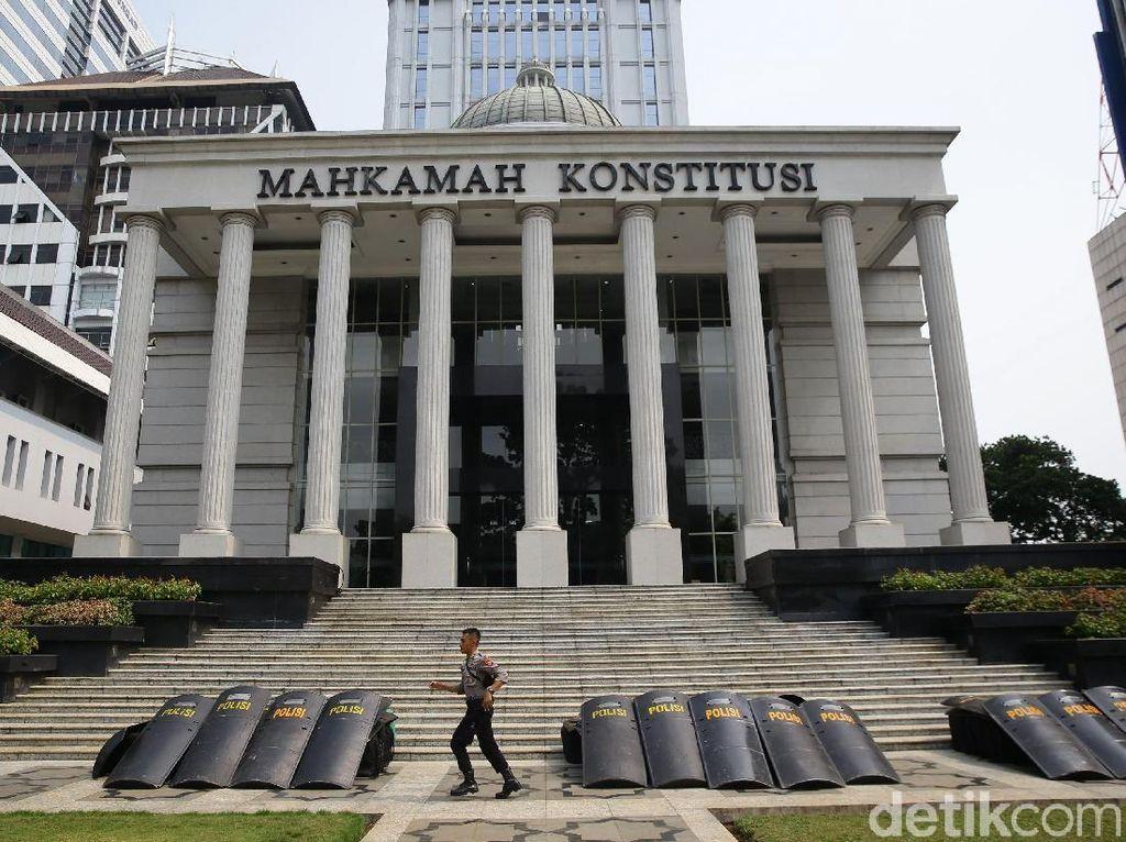 Potret Pengamanan Jelang Sidang Perdana di MK