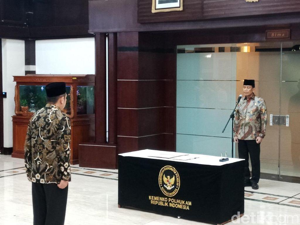 Menko Polhukam Lantik Deputi Bidang Hukum dan HAM Fadil Zumhana