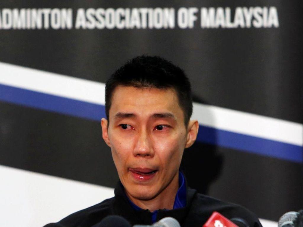 Tangis Lee Chong Wei Saat Umumkan Pensiun