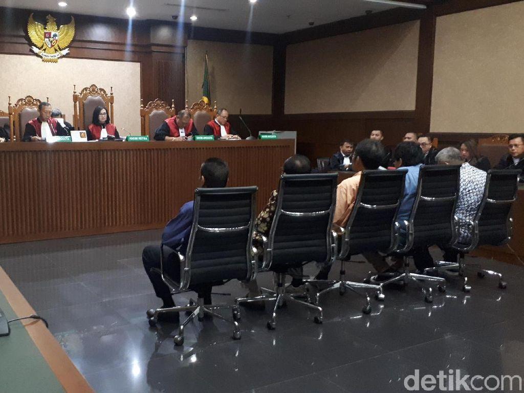 Kasus Suap, 2 Hakim PN Jaksel Dituntut 8 Tahun Penjara