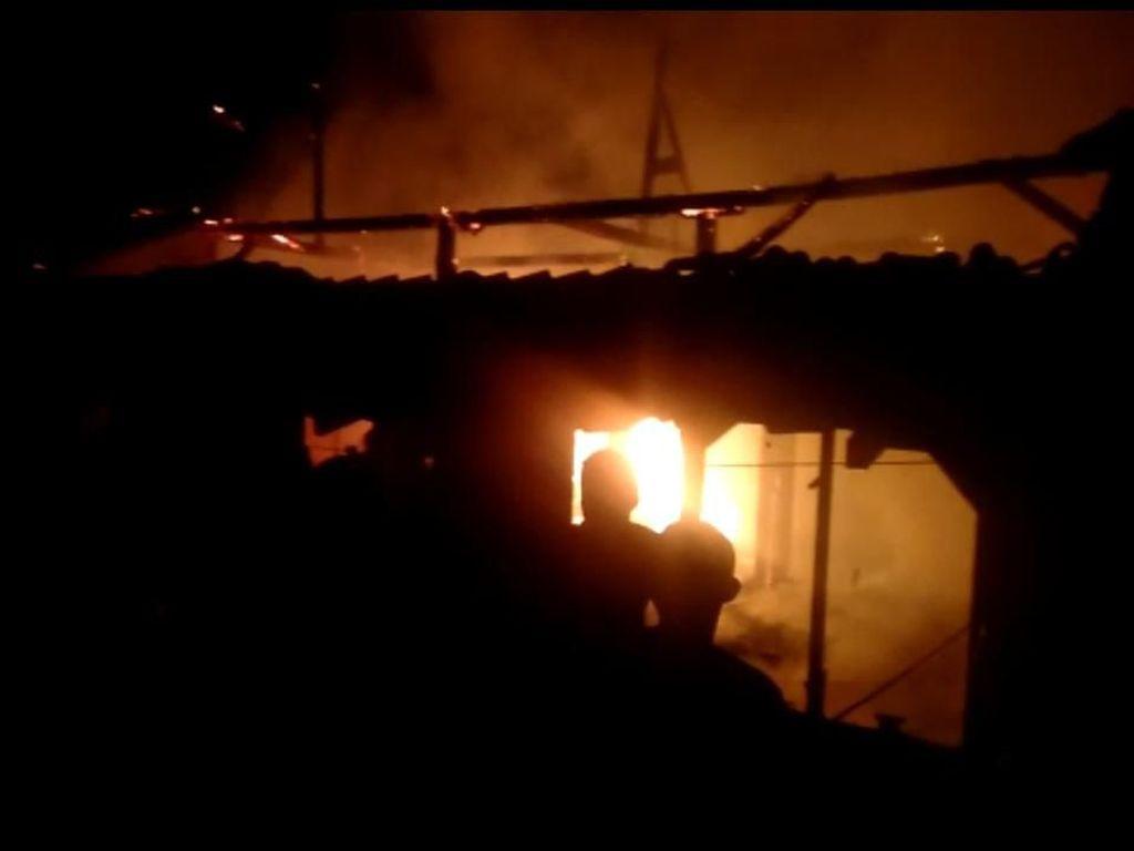 Rumah Warga di Solo Ludes Terbakar, Seorang Nenek Tewas