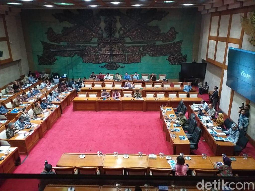 Menkeu hingga Gubernur BI Kumpul di DPR Bahas Ekonomi Tahun Depan
