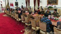 Undang Erick Thohir hingga Wishnutama, Jokowi Singgung Proses di MK