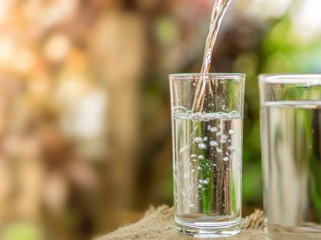 15 Manfaat Air Mineral untuk Kesehatan, Kamu Harus Tahu!