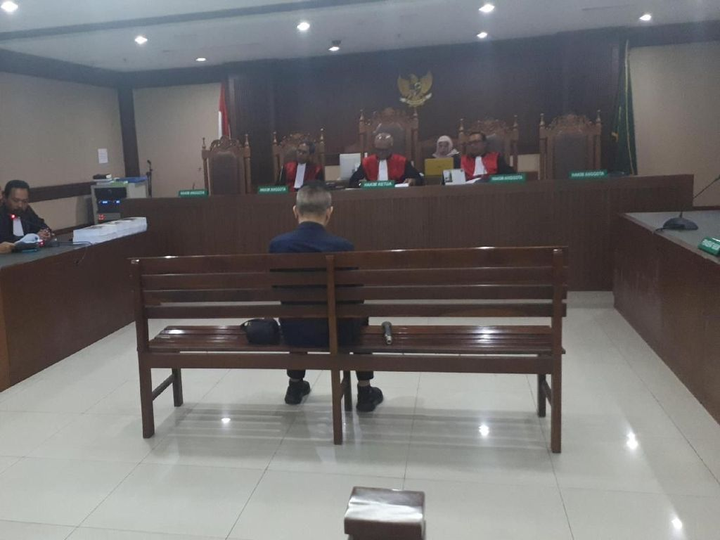 Suap Gatot Pujo, Eks Anggota DPRD Sumut Dituntut 4 Tahun Penjara