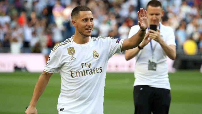 Eden Hazard secara resmi diperkenalkan sebagai pemain Real Madrid (Foto: Angel Martinez/Getty Images)