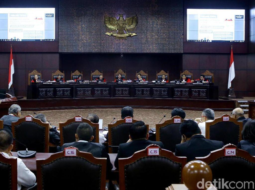 Jawab Gugatan Ponakan Prabowo, KPU: Tak Ada Pengurangan Suara