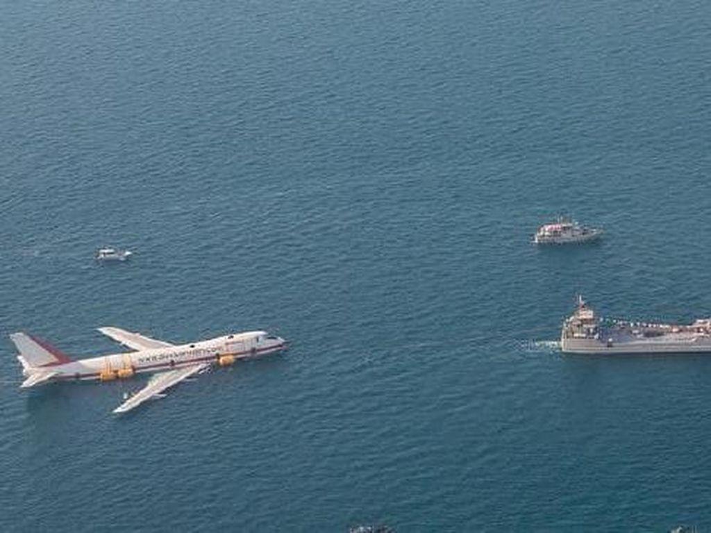 Ditenggelamkan, Pesawat Lengkapi Taman Rekreasi Bawah Air Terbesar