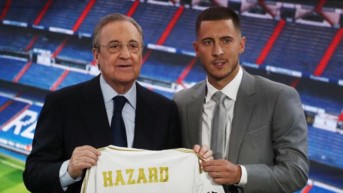 Eden Hazard resmi diperkenalkan oleh Real Madrid di Santiago Bernabeu, Jumat (14/6/2019) dinihari WIB. (Foto: Sergio Perez/REUTERS)
