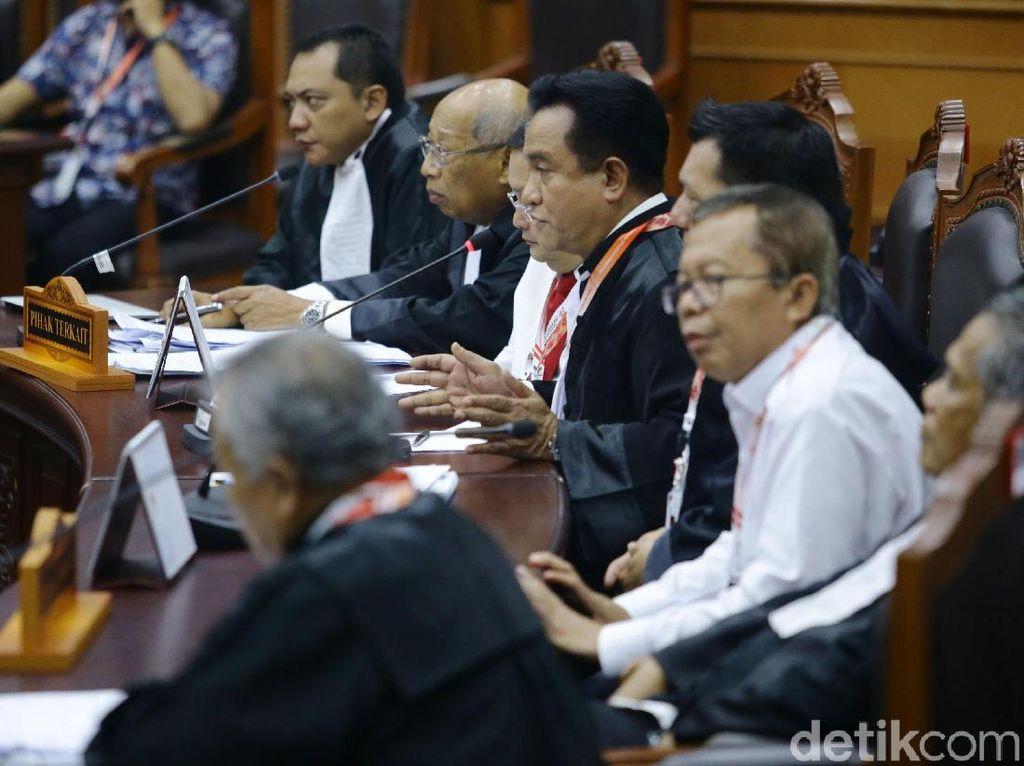 Tim Jokowi Menangkis Serangan Pada Gugatan