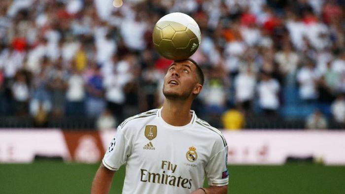 Soccer Football - Real Madrid Unveil Eden Hazard - Santiago Bernabeu, Madrid, Spain - June 13, 2019   Real Madrids Eden Hazard during the presentation    REUTERS/Sergio Perez