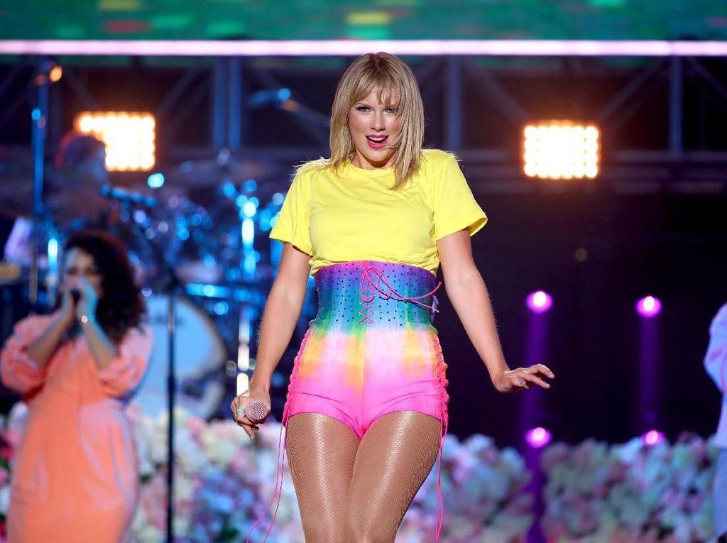 Taylor Swift Diserang Justin Bieber, Sejumlah Musisi Beri Dukungan