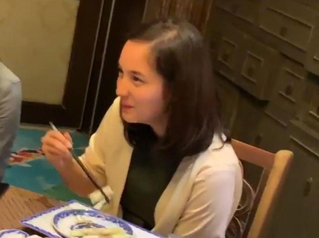 Soal Kedekatan Chelsea Islan dan Rob Clinton Usai Kepergok Makan Bareng