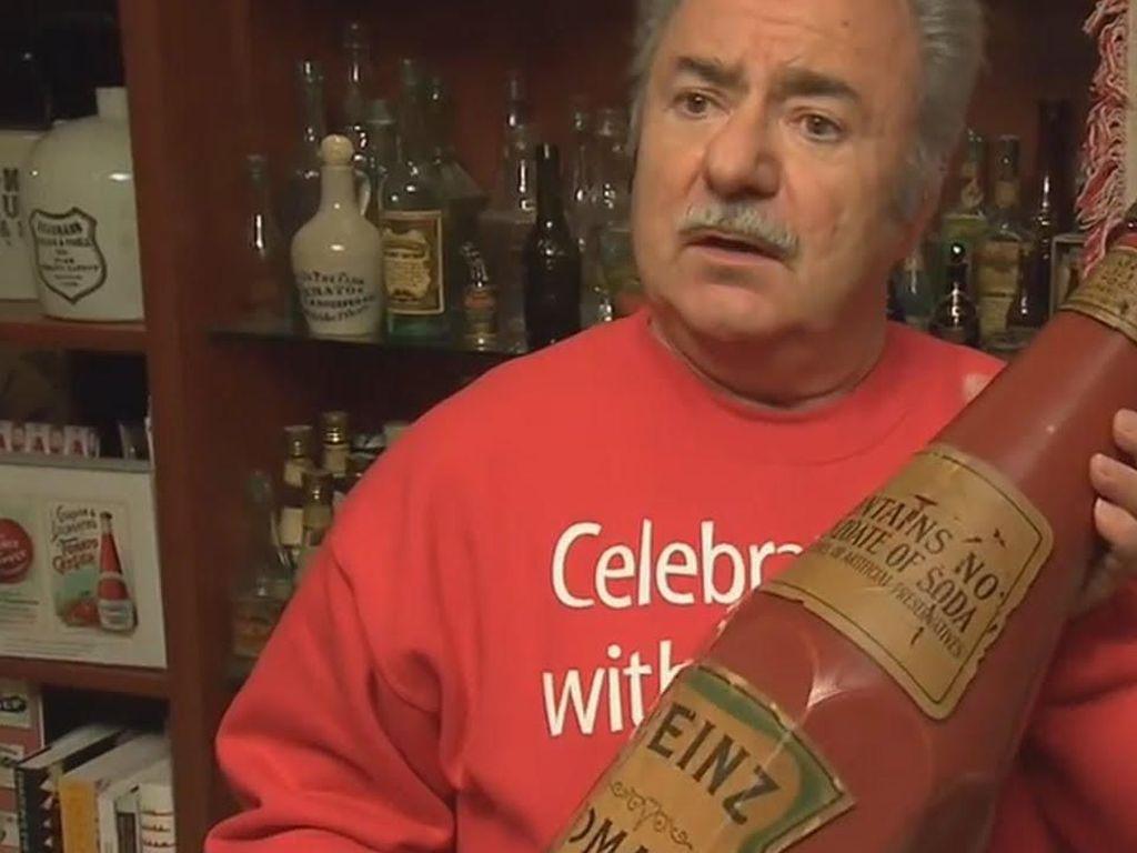 Keren! Cinta Saus Tomat Pria Ini Mengoleksi Ribuan Botol Saus Tomat