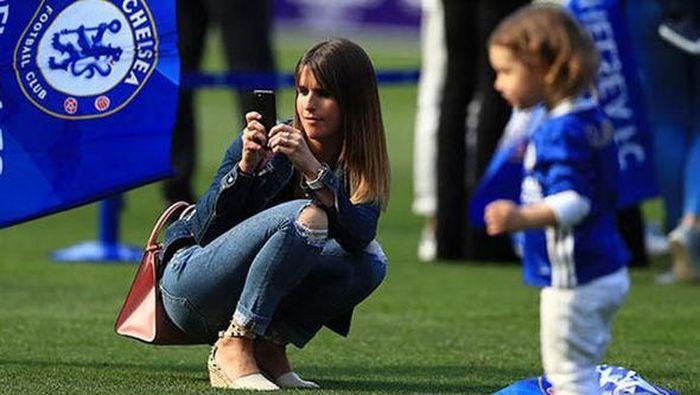 Eden Hazard dan Natacha Van Honacker menikah di usia muda. (Foto: Getty Images)