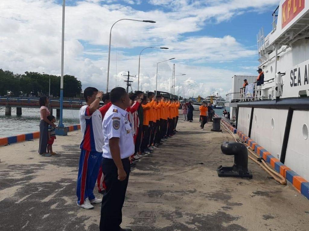 RI Kerahkan 3 Kapal dalam Latihan Atasi Tumpahan Minyak di Filipina