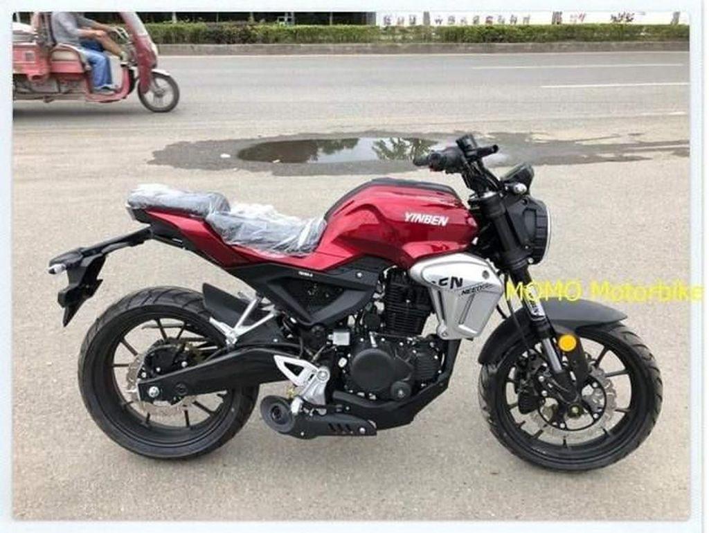 Tiruan Honda CB150R ExMotion di China