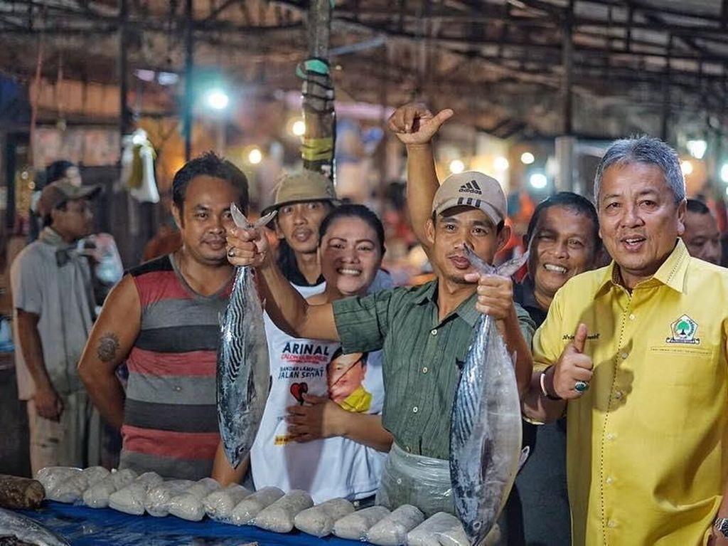 Pose Arinal Djunaidi, Gubernur Baru Lampung yang Sering Kulineran dengan Warga