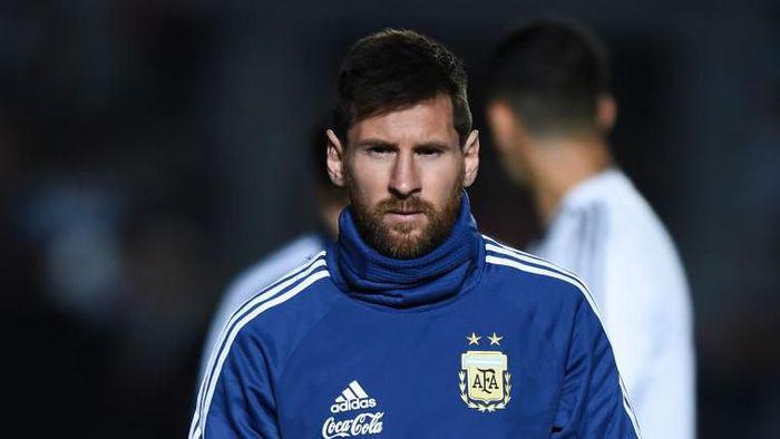 Lionel Messi jadi sasaran kritik dari kegagalan Argentina. (Foto: Marcelo Endelli/Getty Images)