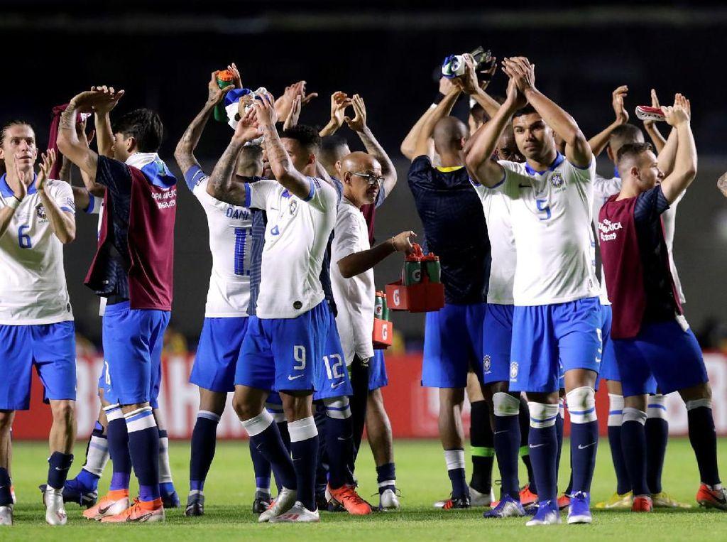 Brasil Menang Telak, tapi Dicibir Suporternya Sendiri