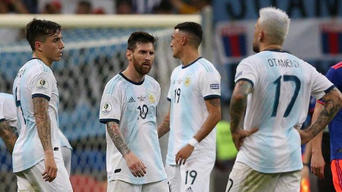 Argentina dikalahkan Kolombia 0-2 di laga pertamanya di Copa America 2019 (Foto: Edgard Garrido/Reuters)
